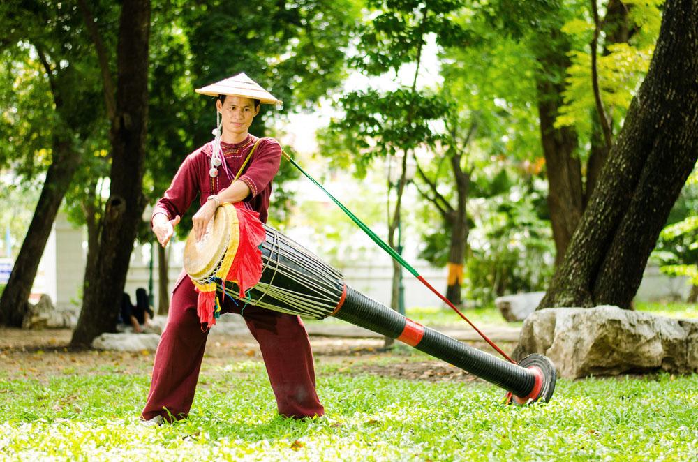 Shan, or Tai Yai, drummer. Photo: Shutterstock