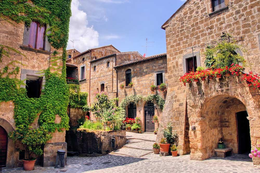 Picturesque Tuscan scene.