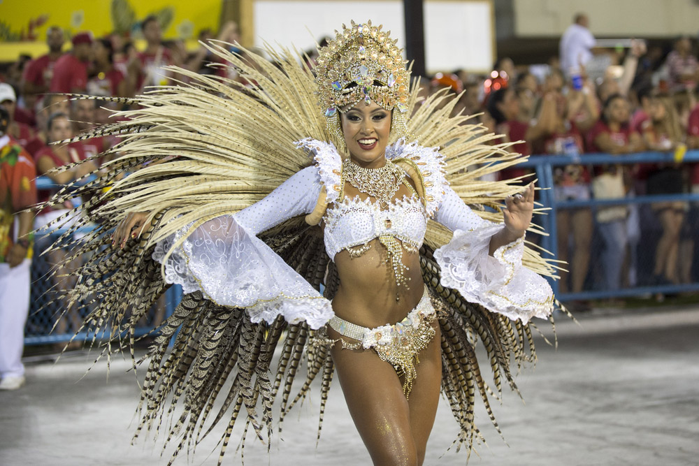 Samba school parade Padre Miguel during the 2016 carnival in Rio de Janeiro. Photo: Shutterstock