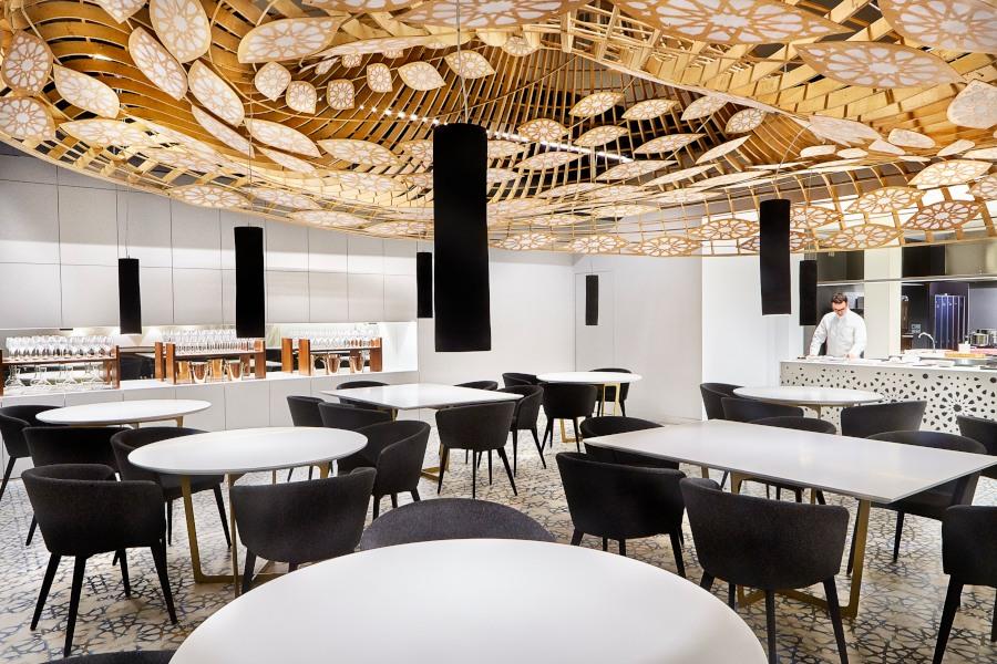 Paco Morales' restaurant interior, Noor, Córdoba.