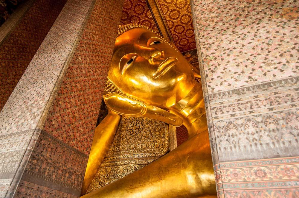 Reclining Buddha gold statue, Wat Pho, Bangkok