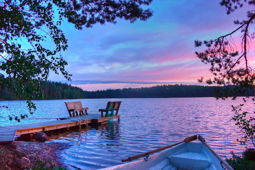 Sunset on the lake in Finland. Photo: Shutterstock