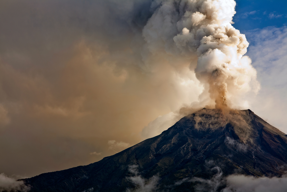 Tungurahua volcano eruption, Ecuador. Photo: Shutterstock
