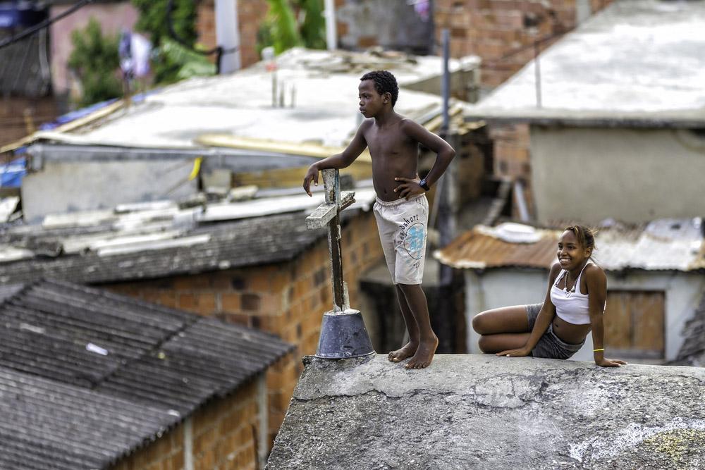 children in Favela in Rio de Janeiro. Photo: Shutterstock