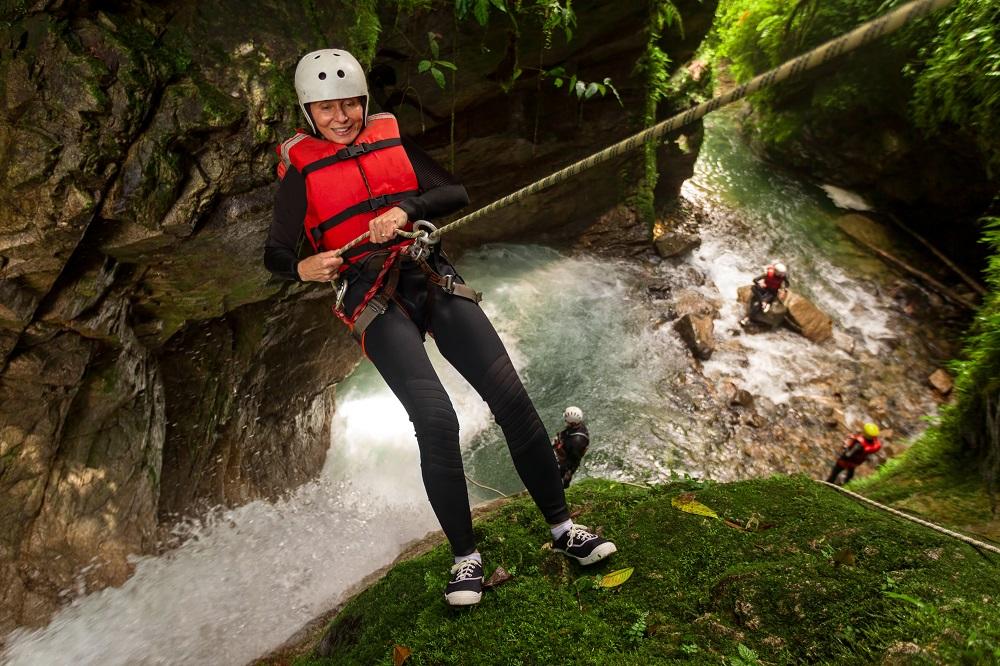 Waterfall rappelling. Photo: Ammit Jack/Shutterstock