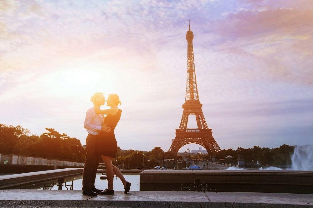 Honeymoon in Paris. Photo: Ditty_about_summer/Shutterstock