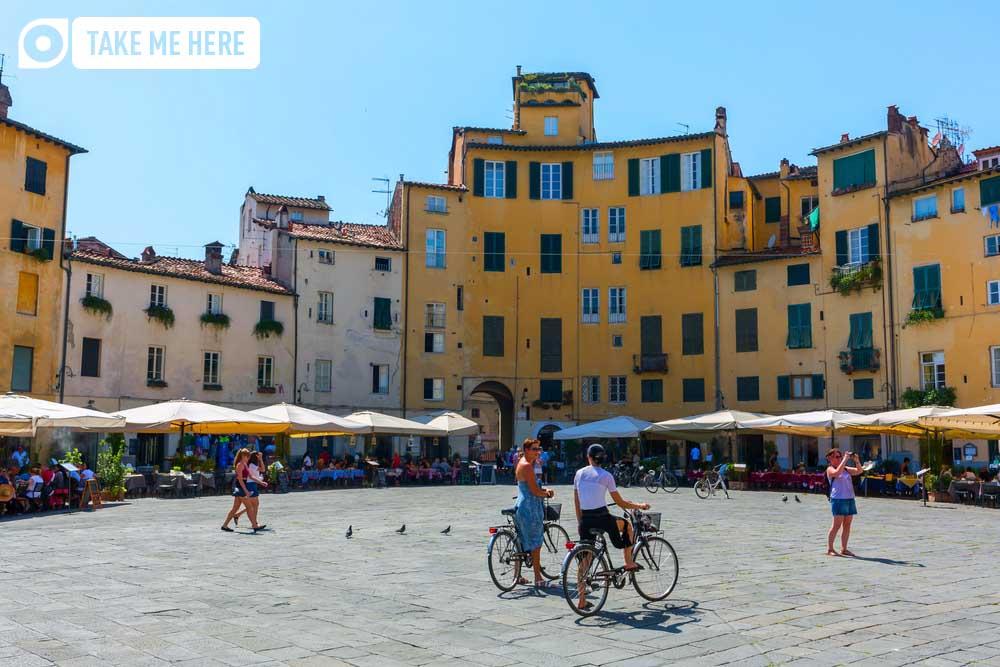 Piazza del Anfiteatro of Lucca.