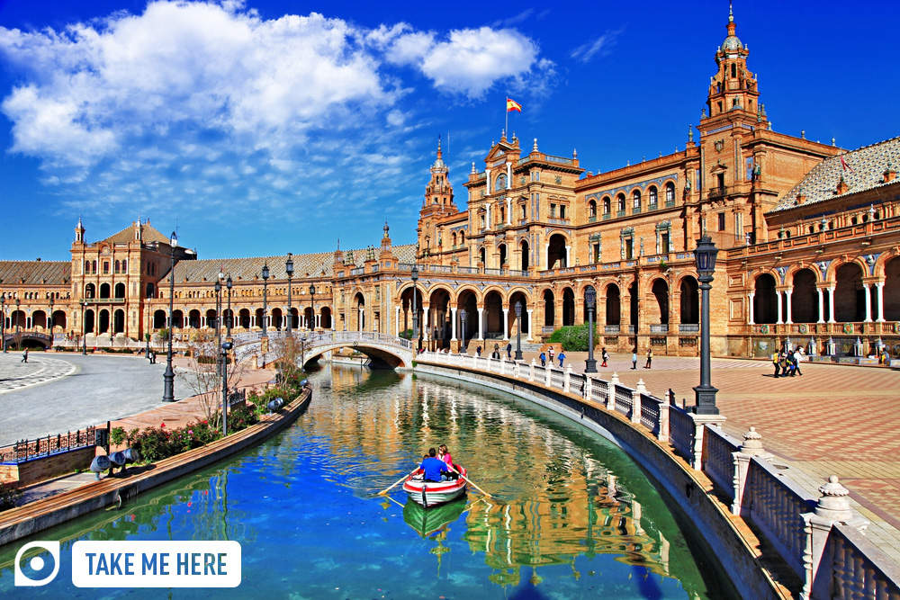 Plaza de Espana, Sevilla. Photo: Shutterstock