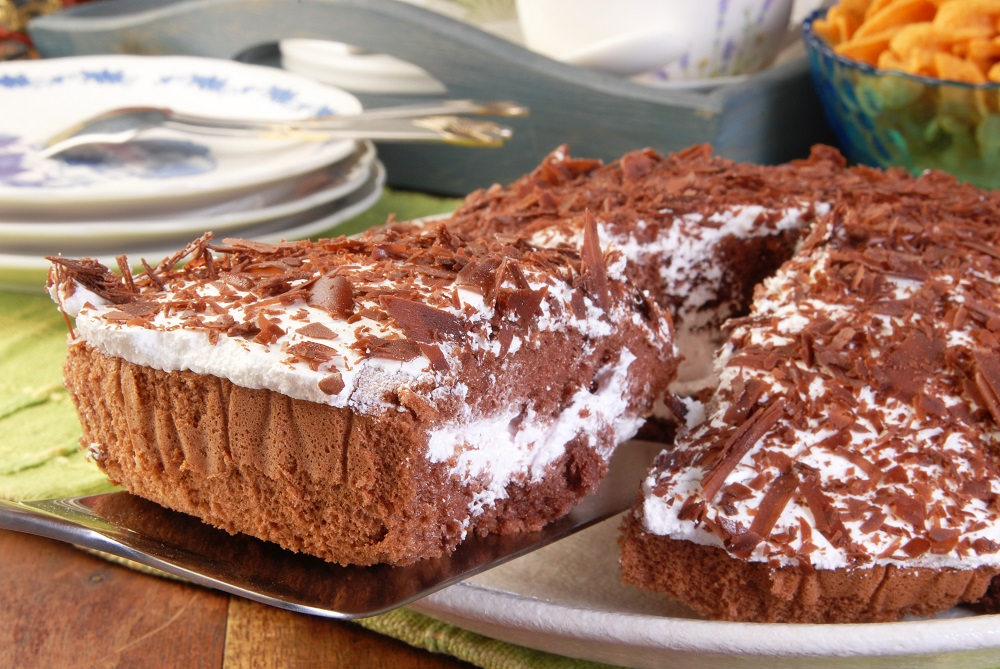 Closeup of a sliced boston chocolate cake. Photo: 54613/Shutterstock