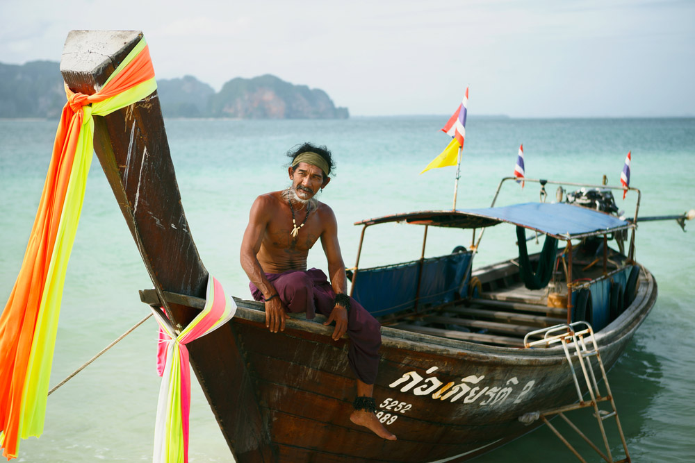Traditional Thai longtail boat captain. Photo: Shutterstock