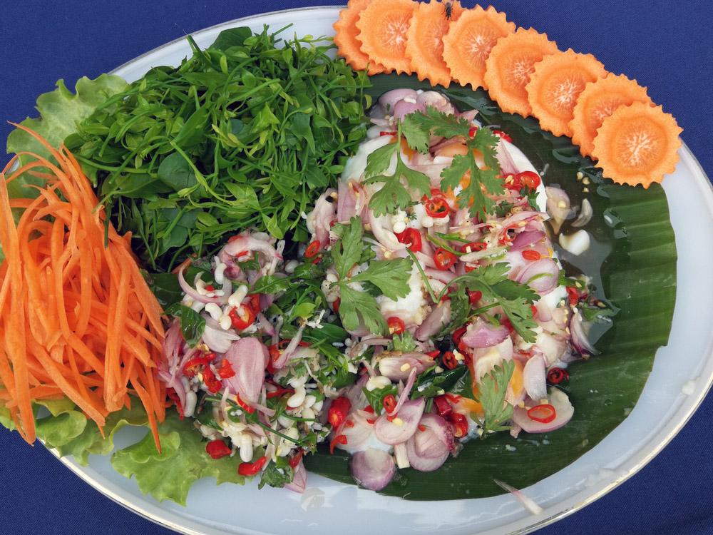 Red ant egg salad