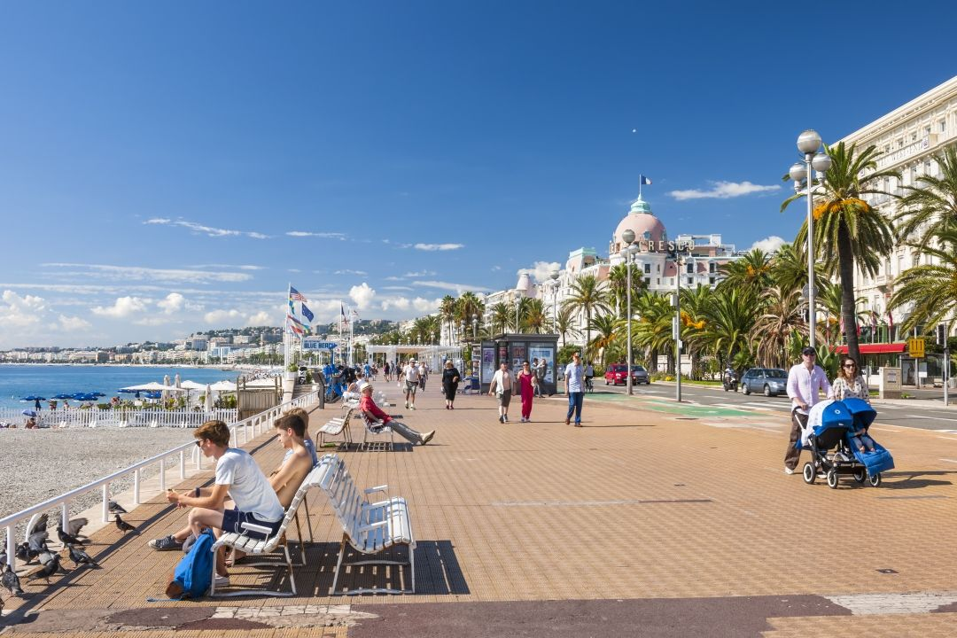 Along the promenade des Anglais in Nice