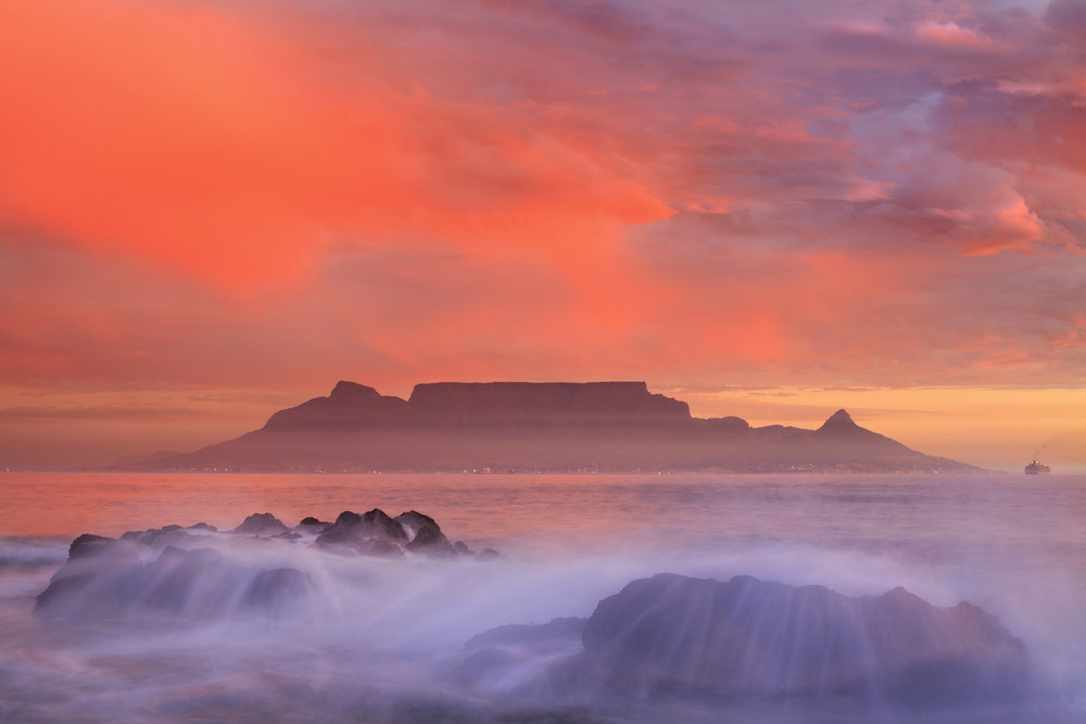 Table Mountain, Cape Town. Photo: Shutterstock