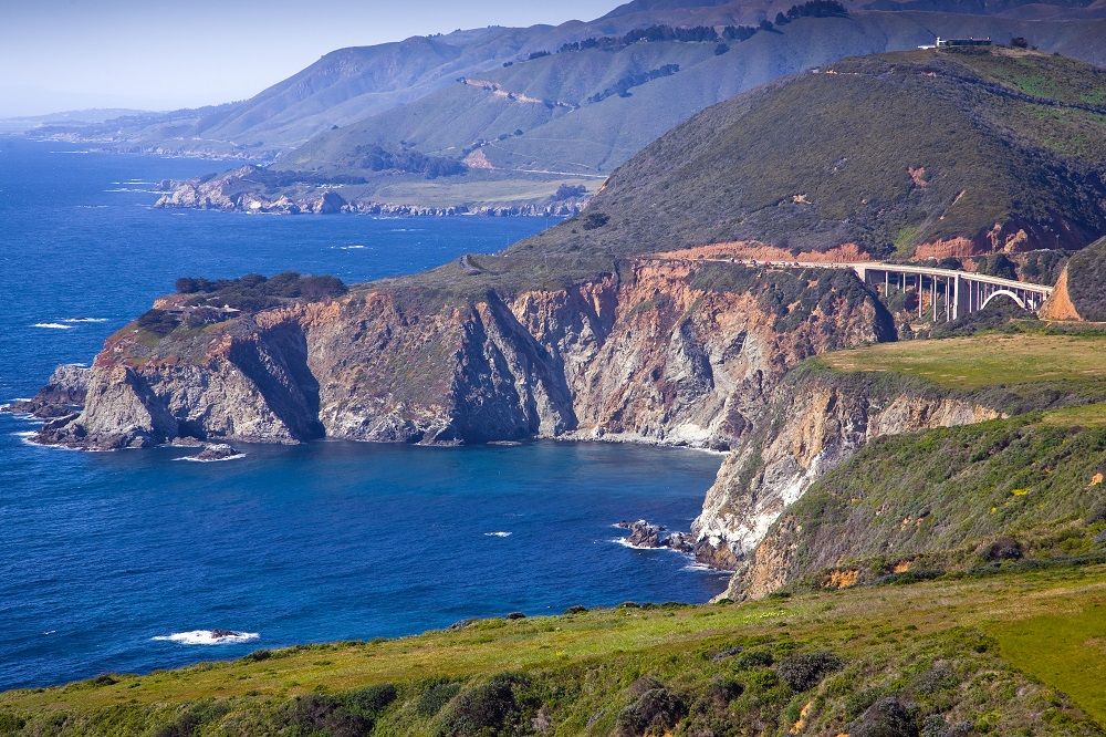 View of highway 1 with an arched bridge at Big Sur. Photo: David B. Petersen/Shutterstock