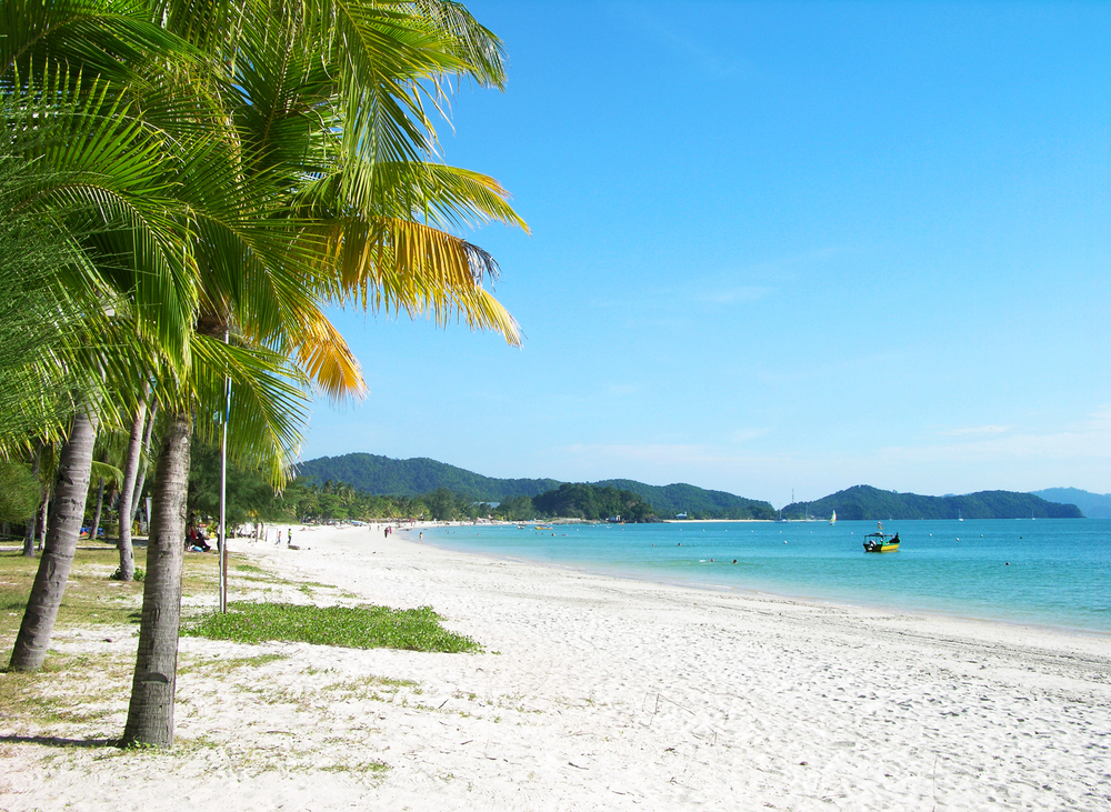Langwaki beach. Photo: karnizz/Shutterstock