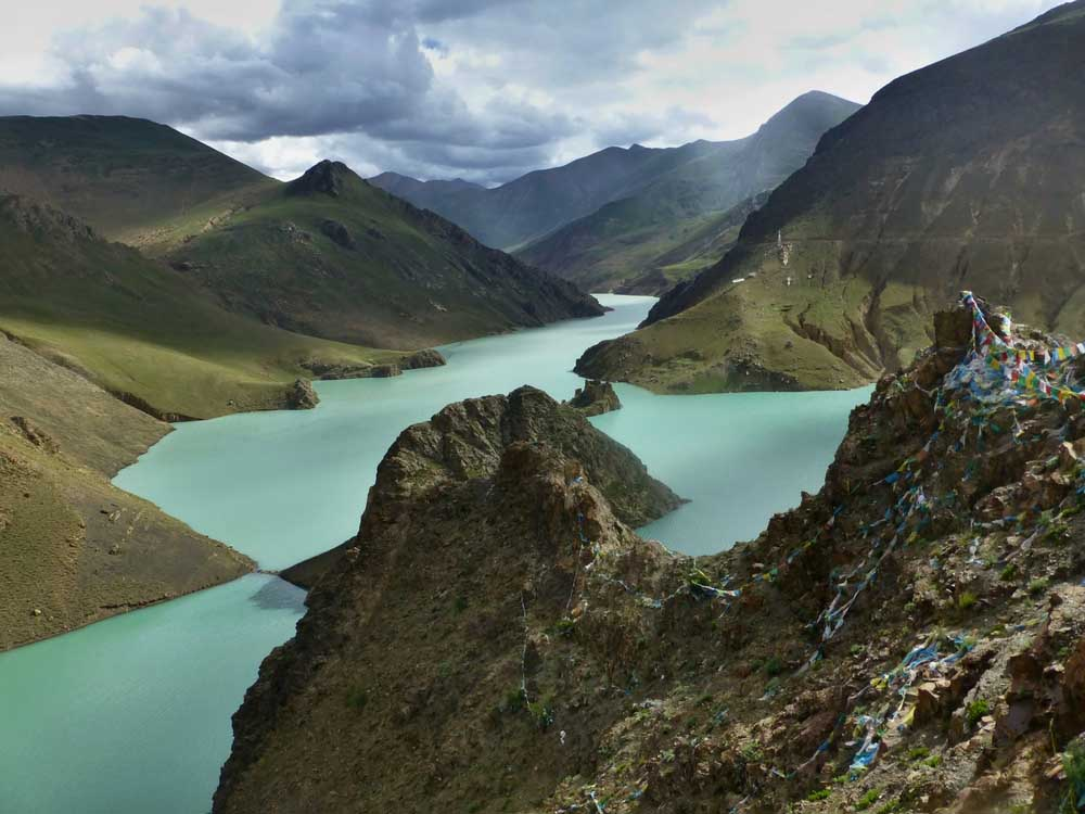 Yamdrok Tso Lake. Photo: Shutterstock