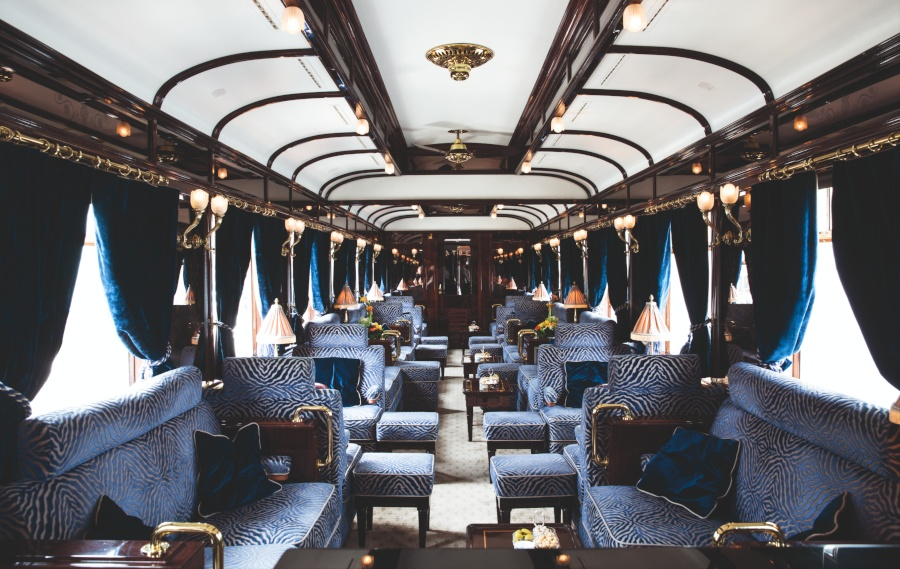 Venice Simplon-Orient-Express '3674' Bar Car.