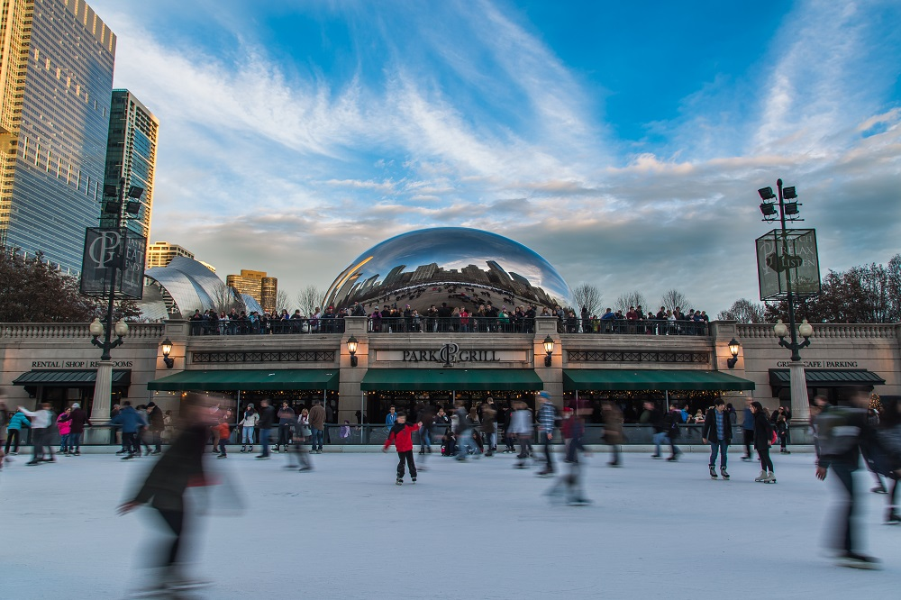 McCormick Tribune Ice Rink (Chicago). Photo: Radoslaw Lecyk/Shutterstock