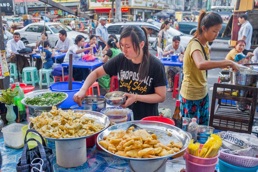 Yangon street food. Photo: Shutterstock
