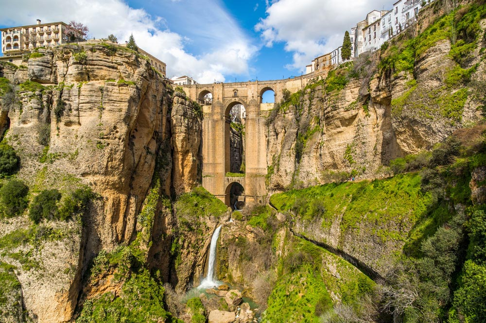 The Puente Nuevo spanning the 120-metre-deep chasm that divides the city of Ronda.