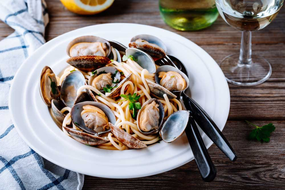 Traditional italian seafood pasta with clams.