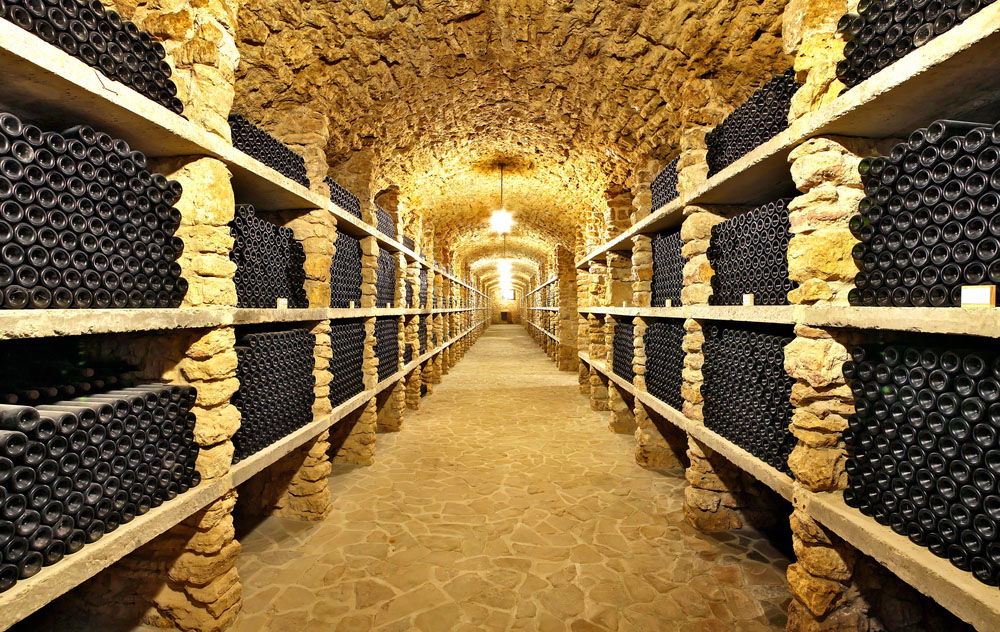 The unique vintage wine in the cellar in France. Photo: Shutterstock