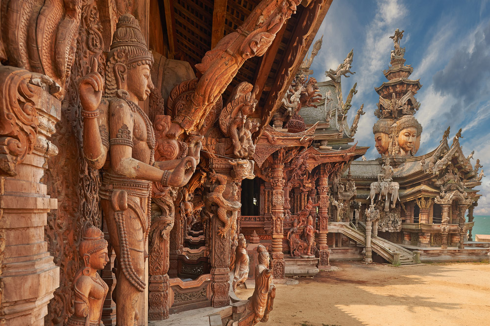 Sanctuary of Truth is a temple construction in Pattaya. Photo: Shutterstock