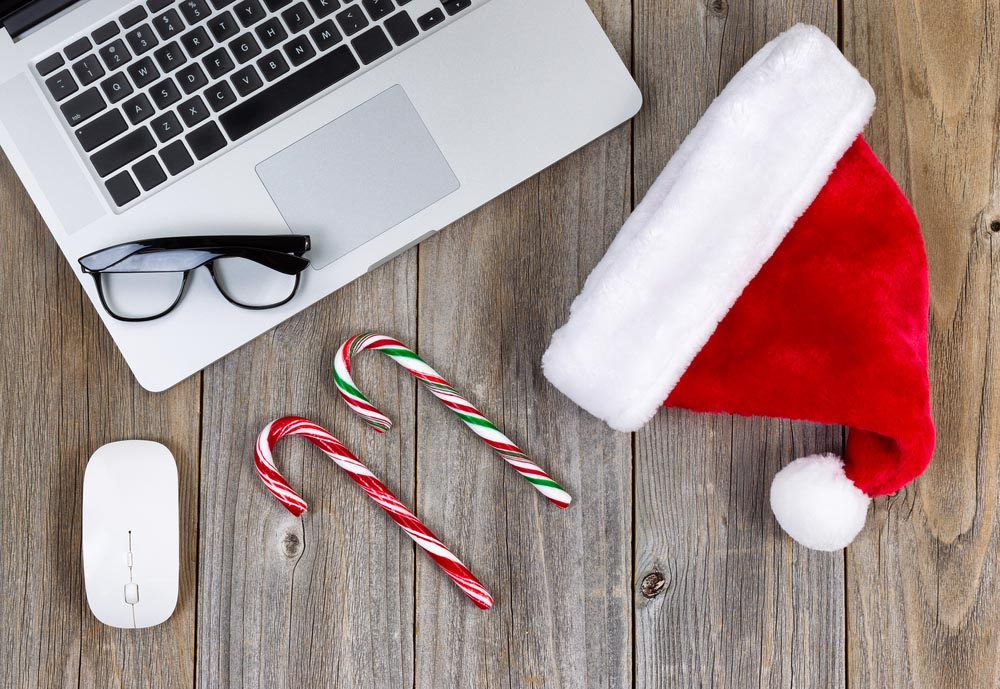 Leave all your accounts behind this Christmas! Photo: Shutterstock