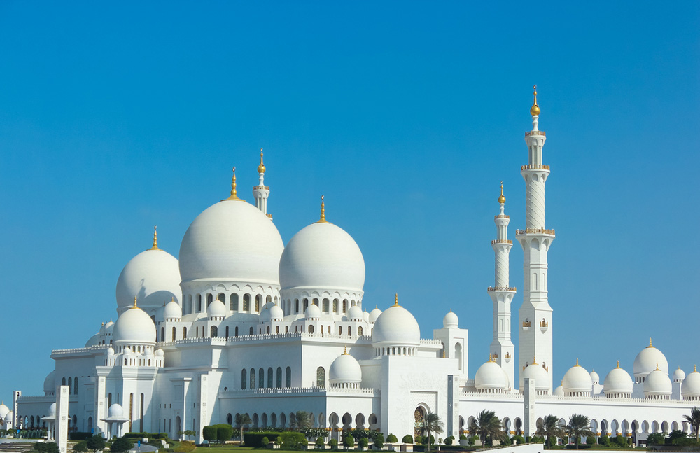 Sheikh Zayed Grand Mosque in Abu Dhabi. Photo: Shutterstock