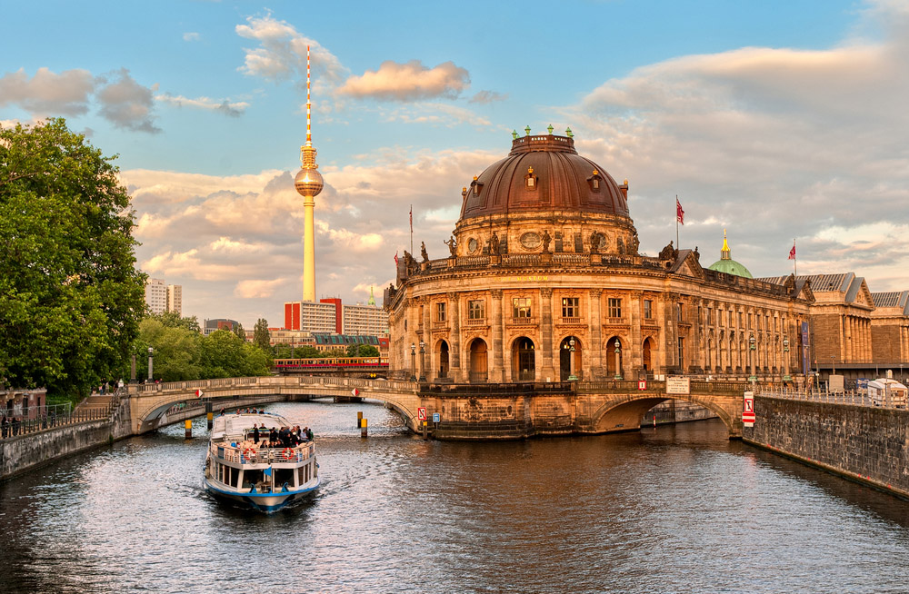 Museum Island on the Spree river and Alexanderplatz TV tower in the center of Berlin. Photo: Shutterstock