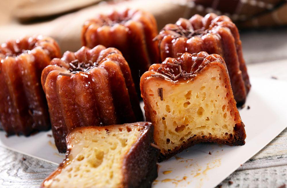 Canelés de bordeaux - traditional Bordeaux pastries
