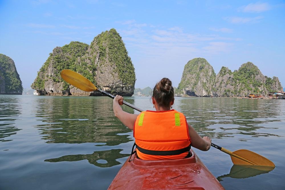 Kayaking around Cat Ba Island. Photo: Guillermo Pis Gonzalez/Shutterstock