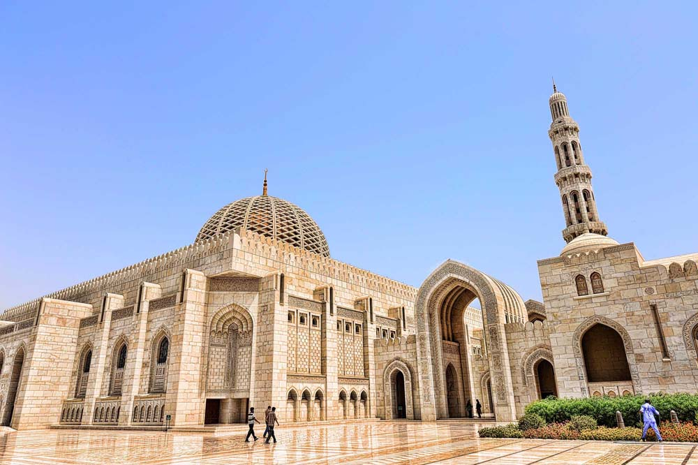 Sultan Qaboos Grand Mosque is of Muscat. Photo: Shutterstock
