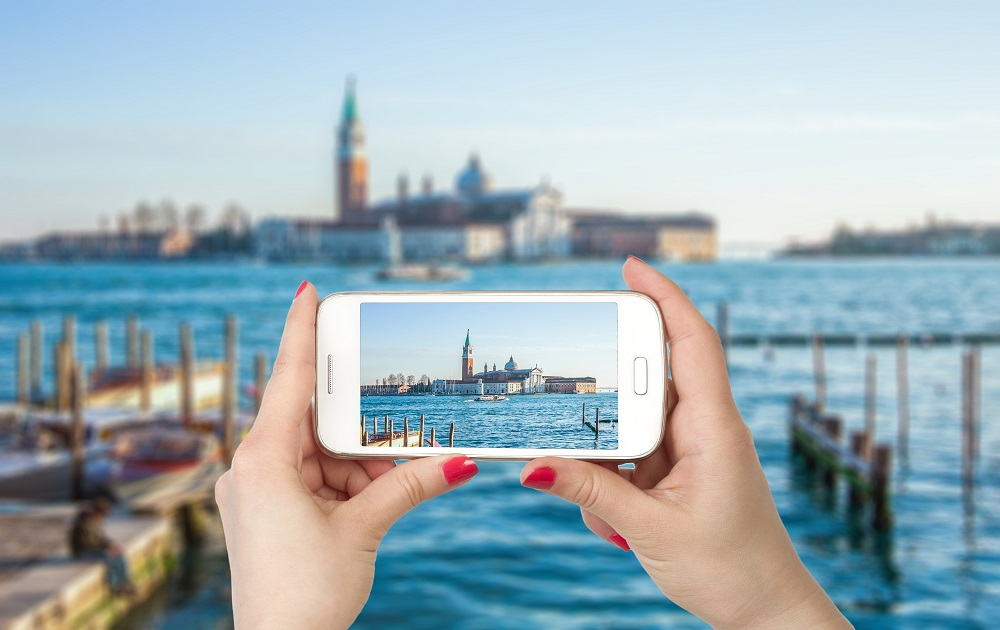 MobilyTrip app. Photo: Skoda/Shutterstock