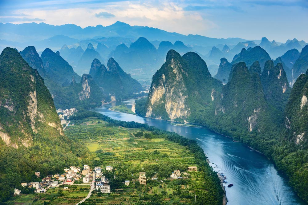 The impressive landscapes of Guilin, Li River and the Karst mountains