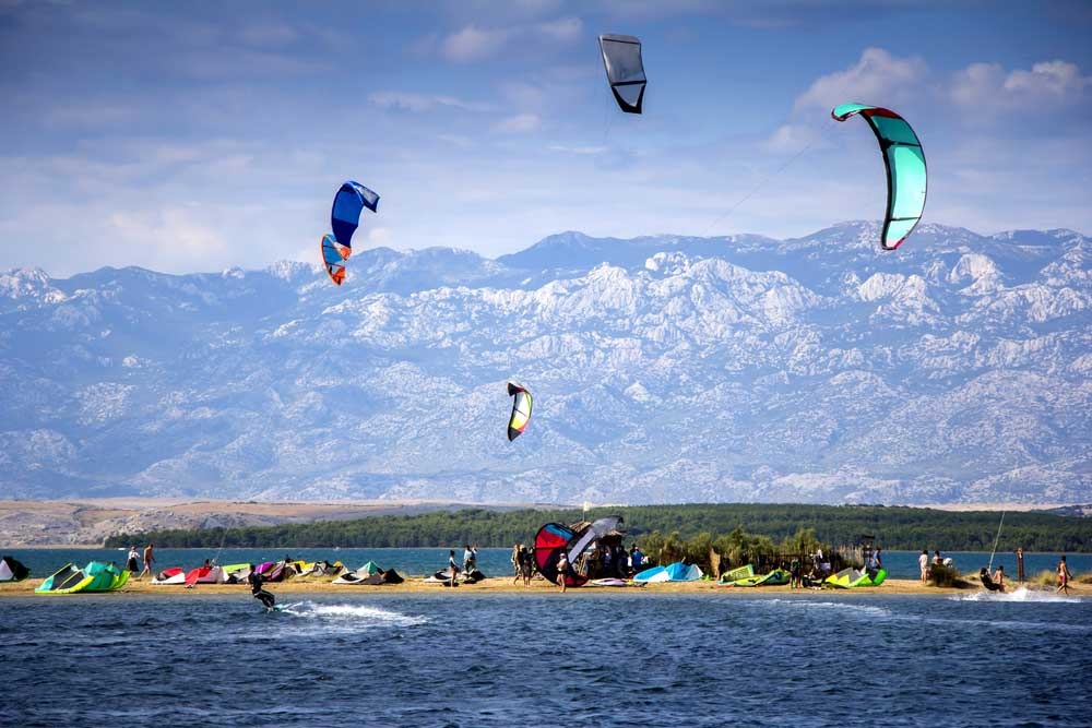 Kitesurfing in Nin, Croatia. Photo: Shutterstock