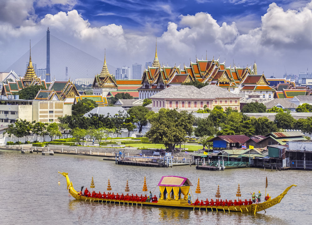The Thai King's palace and golden guard ship, Bangkok. Photo: Shutterstock