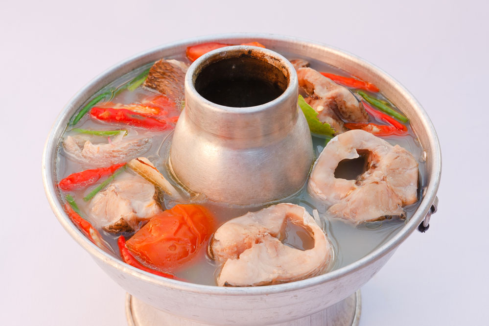Hot and spicy snake-head fish soup.