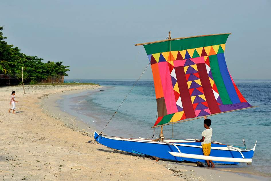 "Colourful ""Vinta"" sailboat in the Philippines"