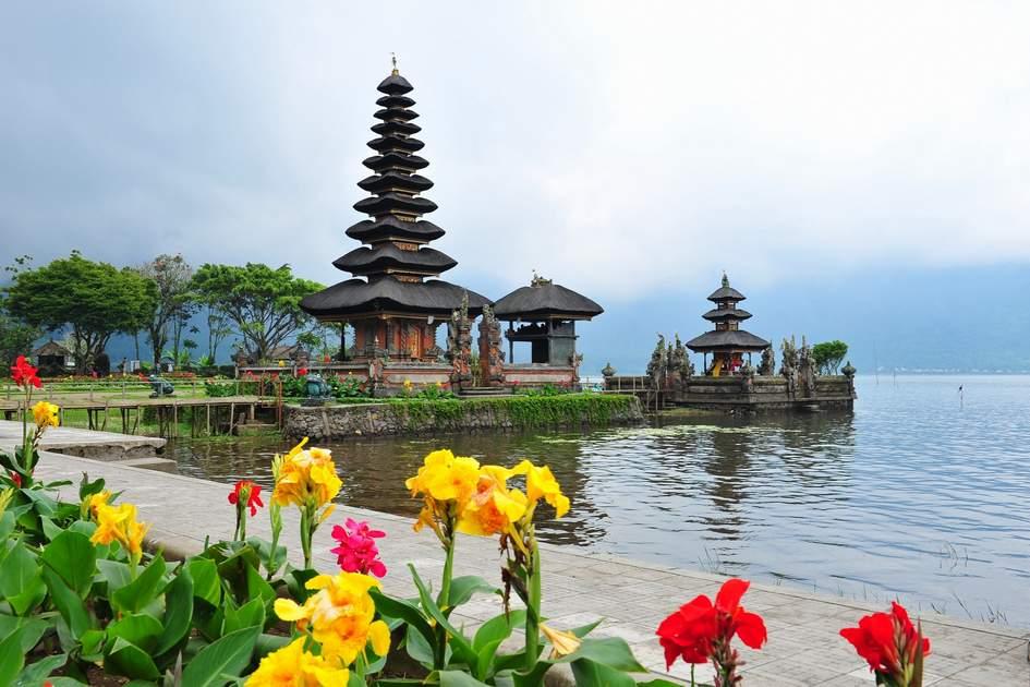 Famous Ulun Danu Bratan temple in Bali, Indonesia