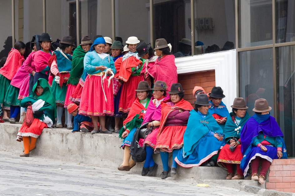 Women from Chimborazo province in traditional wear