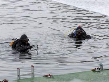 Ice diving. Photo: Shutterstock