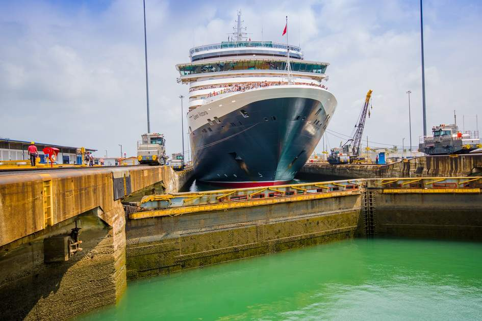 The Queen Victoria navigating the Panama Canal