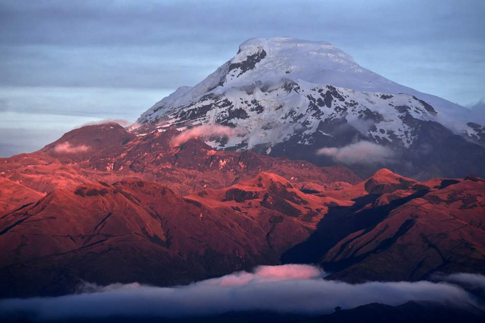 Volcanoes in Ecuador: Sunset on the mighty Volcano Cayambe.