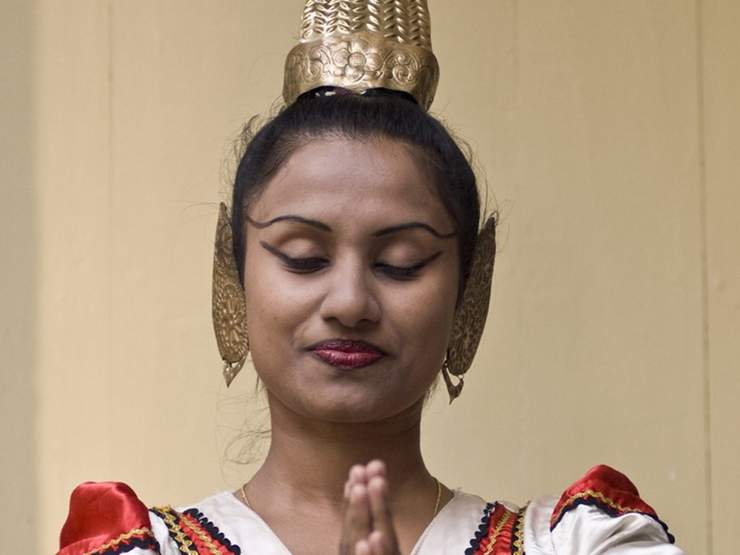 A traditional Kandyan dancer