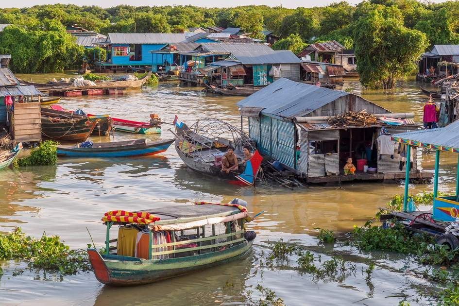 Daily life in floating village on Tonle Sap lake