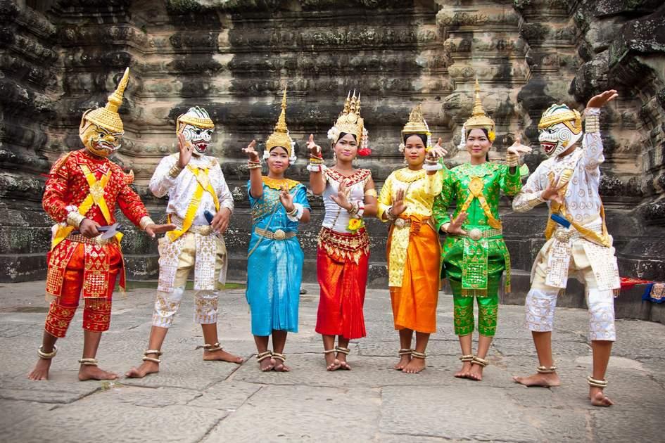 Apsara dencers at Angkor Wat