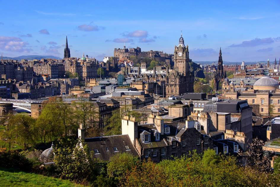 View over the historic center of Edinburgh