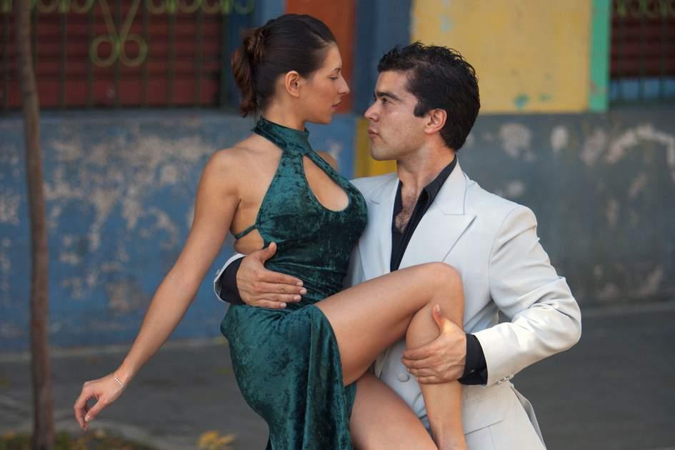 Tango dancers in San Telmo, Buenos Aires, Argentina