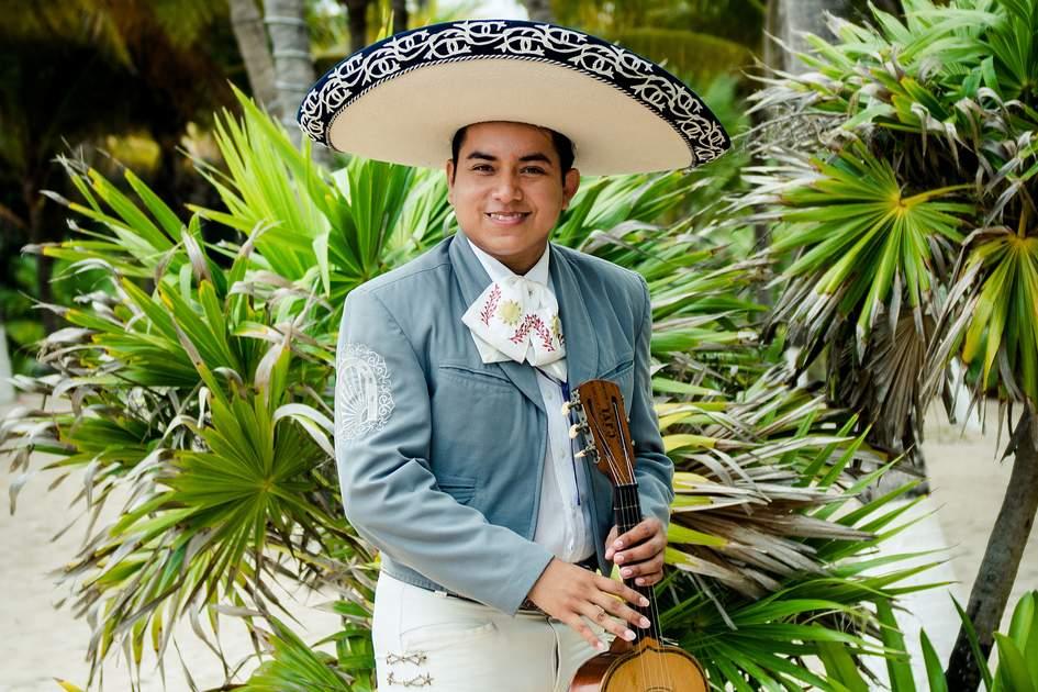 Mariachi player in Cancún, Mexico